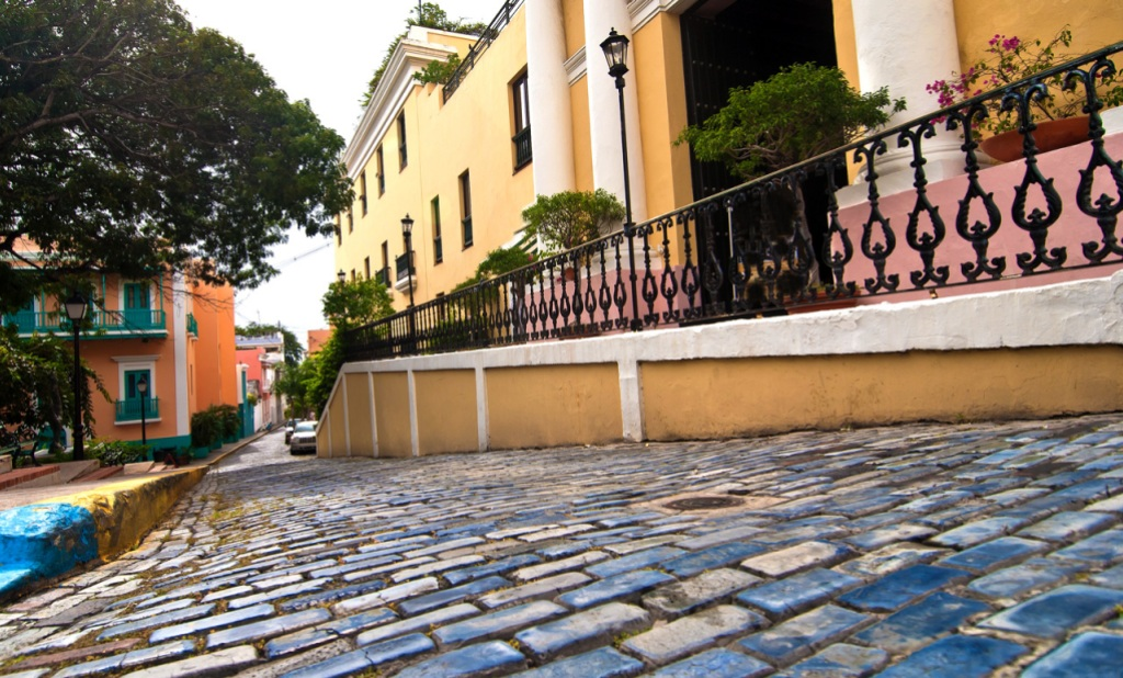 54051e4e5 Shopping in Puerto Rico's Old San Juan | Hachette Book Group