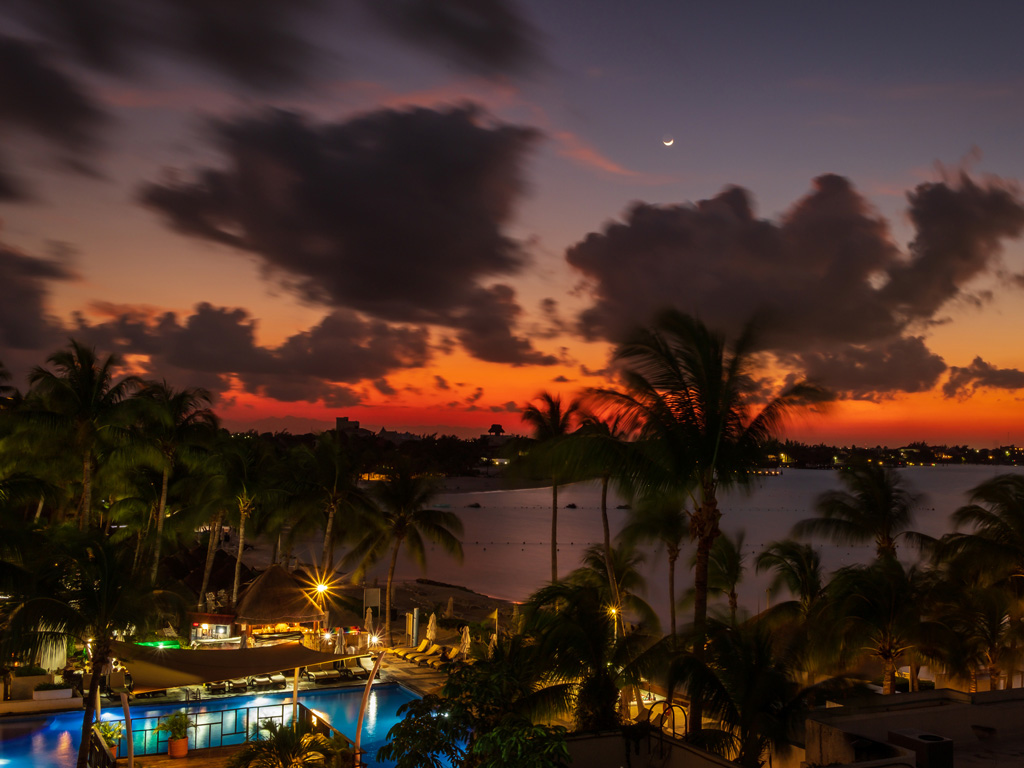 Cancun Nightlife A Guide To The Best Clubs And Live Music Hachette Book Group