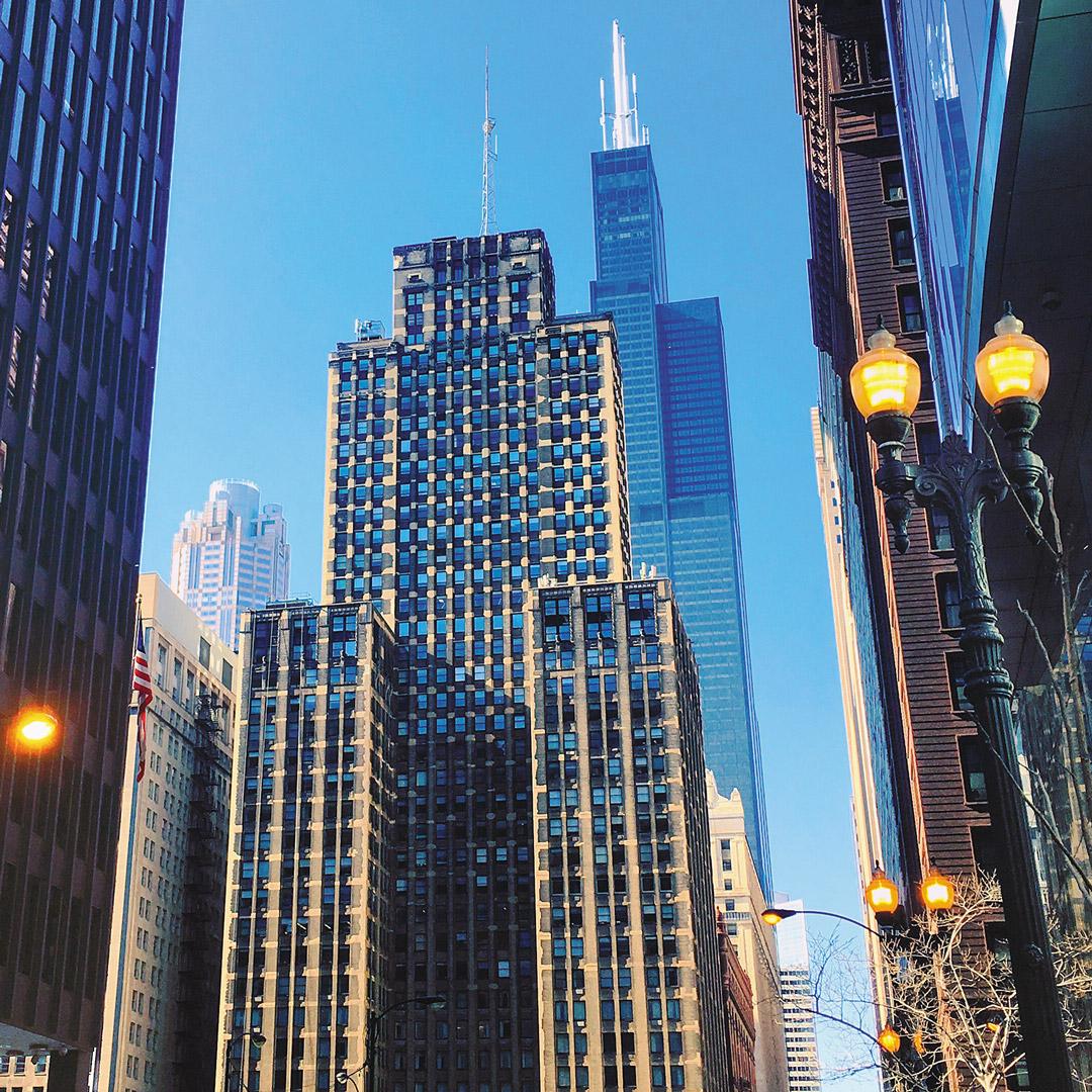 highrise buildings in Chicago Loop