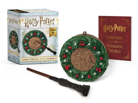 Christmas Set.Harry Potter Hogwarts Christmas Wreath And Wand Set