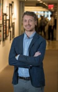 Image of David Lamb standing